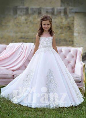 Elegant white high volume tulle skirt dress with major appliqué works all over
