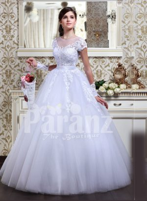 Women's Cinderella style flared tulle skirt wedding gown with lace appliquéd royal bodice
