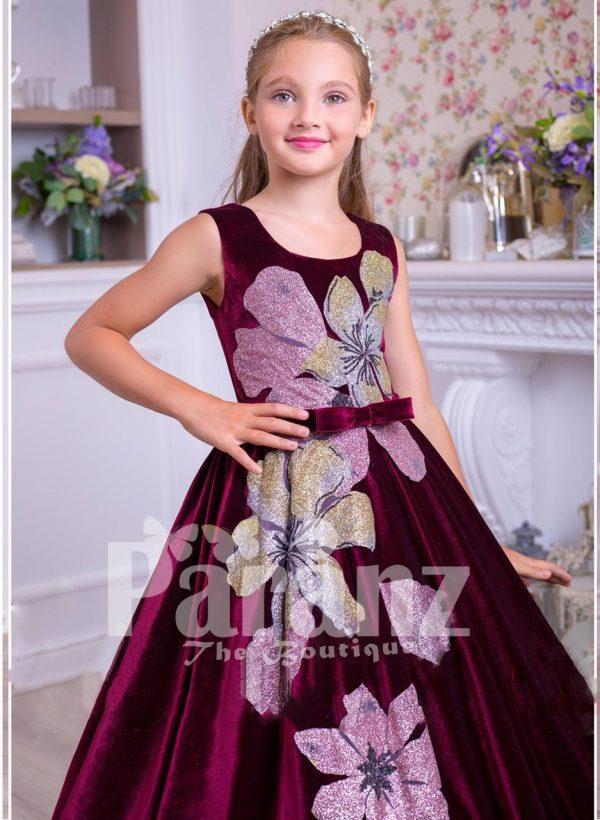 Pigmented burgundy floor length velvet dress with big flower prints