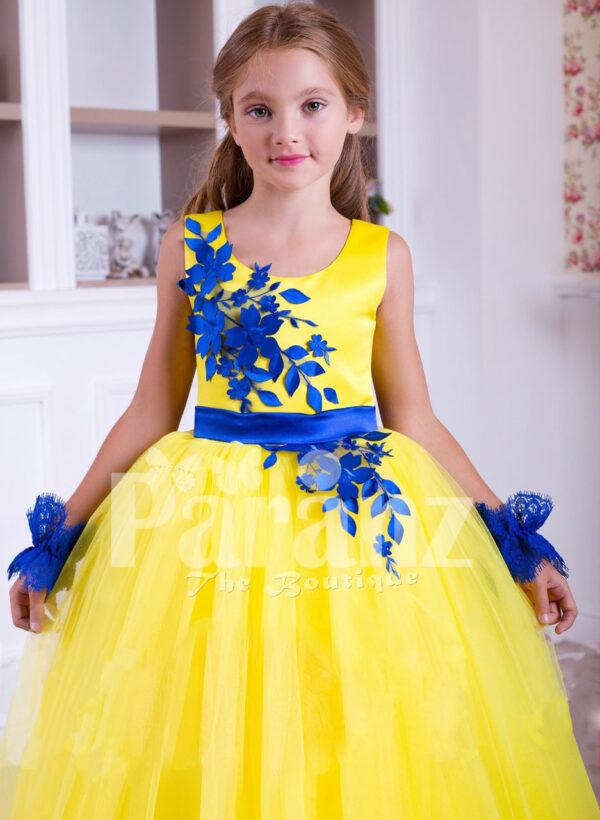 Bright yellow sleeveless floor length tulle skirt party gown with royal blue lace works for girls