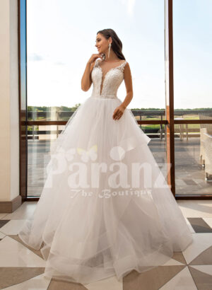 Multi-layer flared tulle skirt pearl white wedding gown with glam bodice