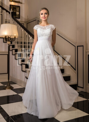 Women's exclusive floor length tulle wedding gown with royal lacy bodice