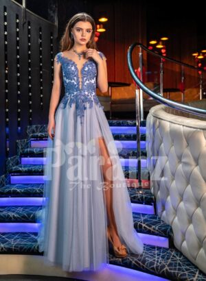 Womens elegant evening gown with side slit tulle skirt and royal appliquéd bodice