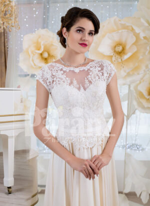 Womens elegant wedding gown with tulle skirt and lacy royal bodice