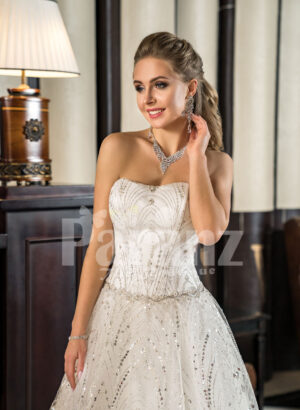 Womens off-shoulder celebrity style glam glitz tulle skirt wedding gown
