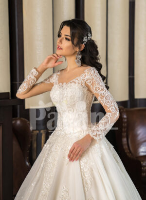 Womens off-shoulder super lacy pearl white tulle wedding gown