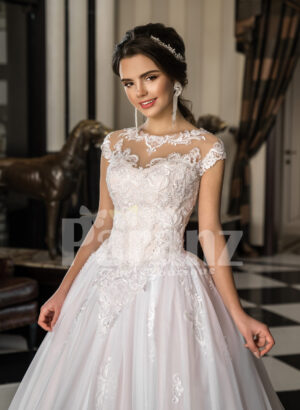Womens princess style super gorgeous flared wedding tulle gown in pearl white
