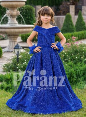 Let your daughter celebrate life with this true-blue formal party wear